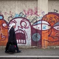 matteo-vegetti-croatia-nun-and-graffiti