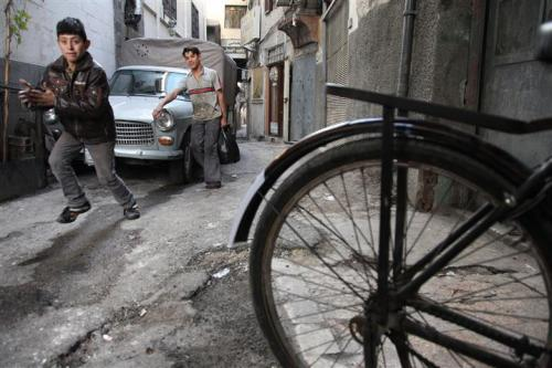 Damasco, Ashura, alienazione e vacanze