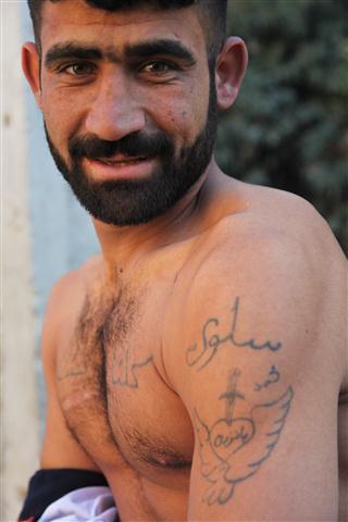 Hama: pioggia e barba abbandonate
